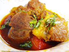 Mutton Curry  In India you will get hundred of recipes of mutton curry. Every recipe have their unique taste and flavor.This taste mainly differ because of the spices of different region and the way of cooking. Mutton chunks of lamb or goat meat known as bakra is used to make this curry. Soft mutton chunks spiced up with various flavored spices is truly an exotic treat for all the non veg lovers of India.