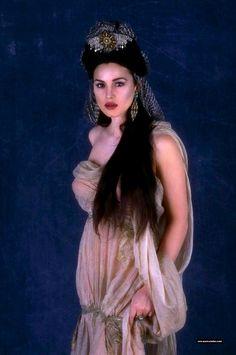 Dracula's bride Monica Bellucci - Bram Stoker's Dracula.