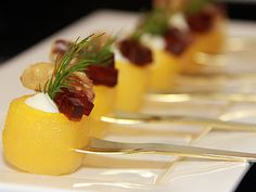 Molecular Bubble ­ Explore our exciting range of Molecular Canapés - The Future of Food ­ London