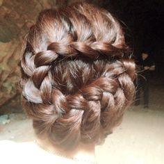Prewedding braided updo. Do you like it? ❤