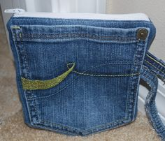 My first tutorial ;-) Great way to use hopeless old jeans and pant pockets!