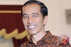 Presiden Joko Widodo menyebut the dream team yang disusunnya sebagai Kabinet Kerja. Profesional, mengisi lebih dari separuh kabinet tersebut.