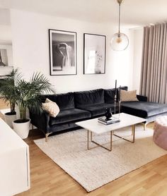 Home ❤️ I want to make some changes in the apartment and need some inspiration. Please tag your favorite interior accounts 👇🏼🙏🏼… Apartment Interior, Apartment Living, Room Interior, Interior Design Living Room, Small Living Room Designs, Modern Apartment Decor, Living Room Decor Cozy, Home Living Room, Bedroom Decor