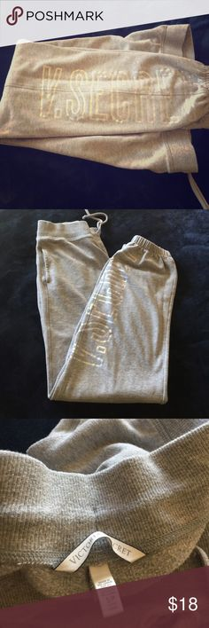 Comfy Sweats. Perfect for this cold nights 🤗 Previously worn. Warm and comfy sweats. Perfect for those Netflix nights. Seldom worn. Victoria's Secret Pants Track Pants & Joggers