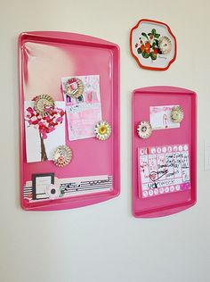 DIY magnet boards - what a fun kids room craft project! All you need is a can of spray paint and a couple of inexpensive cookie sheets. Awesome must do! Fun Crafts, Diy And Crafts, Arts And Crafts, Homemade Crafts, Decor Crafts, Do It Yourself Baby, Do It Yourself Inspiration, Ideas Para Organizar, Creation Deco