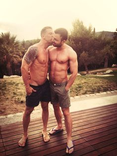 More great gay love and gay kisses on www.gay-kiss-paradise.blogspot.com - If you like men and boys in hot sexy underwear great pics on www.theUnderwearPower.com – All best gay blogs and best gay bloggers on www.BestGayBloggers.com