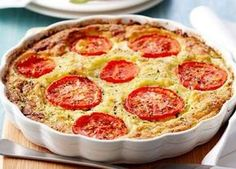 Quiche Sans Pâte au Thon et aux Tomates WW WW Thunfisch und Tomaten Teig Free Quiche Vegan Recipes Easy, Pizza Recipes, Junk Food, Weigh Watchers, Quiche Lorraine, Food Hacks, Food Inspiration, Entrees, Breakfast Casserole