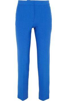 Leuchtend blauer Crêpe  Verdeckter Haken-, Knopf und Reißverschluss vorne  52 % Polyester, 43 % Wolle, 4 % Elastan, 1 % Polyamid; Futter: 100 % Baumwolle  Trockenreinigung