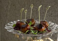 This recipe for stuffed turkey and cranberry balls from Claire Hanley makes for the perfect festive canapé. Christmas Canapes, Christmas Recipes, Stuffed Turkey, Dried Cranberries, Ground Turkey, Wine Recipes, Catering, Balls, Baking