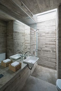 Would love a bathroom like this that I could take a water blaster to!