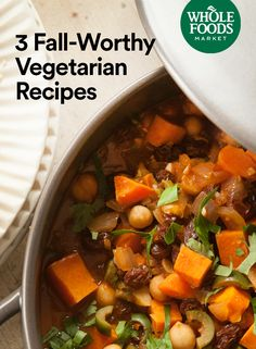 3 Fall-Worthy Vegetarian Recipes Warm up with cozy, meatless meals including Spicy Vegetarian Chili, Hearty Minestrone Soup and Sweet Potato and Chickpea Tagine. Autumn Recipes Vegetarian, Vegetarian Chili, Vegetarian Dinners, Gourmet Recipes, Whole Food Recipes, Dinner Recipes, Cooking Recipes, Healthy Recipes, Dinner Ideas