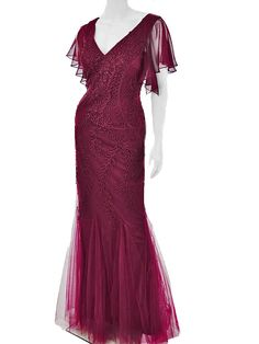 Channel your inner Carole Lombard in this inspired deep plum purple embroidered tulle mermaid gown. A romantic vintage look for a prom, wedding or formal ball. Prom Dresses Two Piece, Mermaid Prom Dresses, Mermaid Gown, Purple Gowns, Blue Dresses, Vintage Inspired Outfits, Vintage Outfits, 30s Style, 30s Fashion