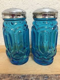 Vintage L E Smith Gl Moon And Stars Blue Salt Pepper Shakers