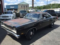 "Unmolested ´69 Dodge Coronet R/T - ""baked"" original paint with numbers matching Motor/Trans Can´t restore them like that"