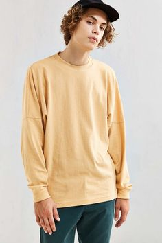 UO Box Drop Shoulder Long-Sleeve Tee - Urban Outfitters