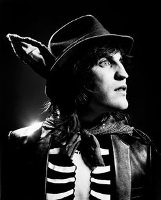 Noel Fielding, no one can replicate his uniqueness and that's why I admire him.
