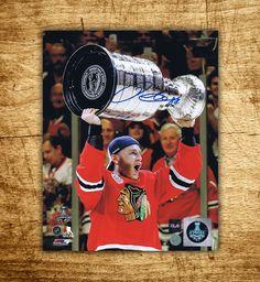 Patrick Kane Chicago Blackhawks Stanley Cup Autographed 8×10 Photo