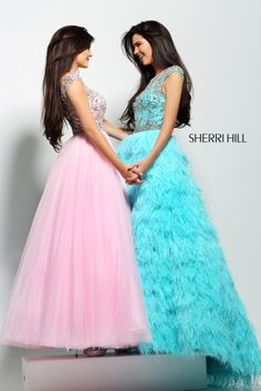 Sherri Hill - Dresses~~ i LOVE sherri hill!!! and i love kendall and kylie