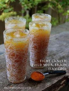 Yummy Turmeric & Ginger Iced Tea // brain & heart healthy, antiinflammatory