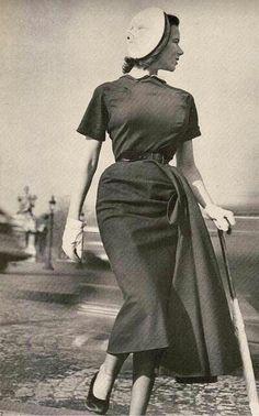 Dejting vintage Vogue mönster ledningar som behövs för att ansluta subs