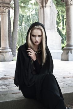 Model: Anna Aleksandra Jonynas Hair & Make up: Natalie Makridis