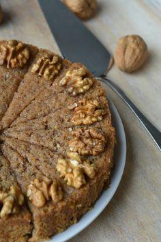 De walnoten zijn bijna allemaal geraapt. Ook wij hebben vorige week een zak vol geraapt. Leuk om deze walnotencake mee te bakken! Dit is...