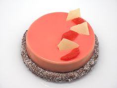 Découvrez ma recette de tarte Coco et Pamplemousse, alliant la douceur et la fraîcheur de ces deux saveurs.