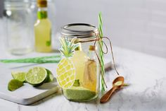Quick & charming... build these mason jar cocktail kits in a jiffy! Use Ball jars or consider single piece lids for easier opening. Mason Jar Cocktails, Summer Cocktails, Mason Jar Gifts, Mason Jars, How To Make Margaritas, Dog Treat Jar, Dry Food Storage, Cool Diy Projects, Craft Projects