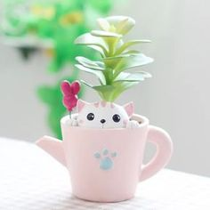 Cat Plant Pot for Indoor Plants Succulent Pots, Planting Succulents, Planting Flowers, Planter Pots, Cat Plants, Potted Plants, Indoor Plants, Clay Crafts, Diy And Crafts