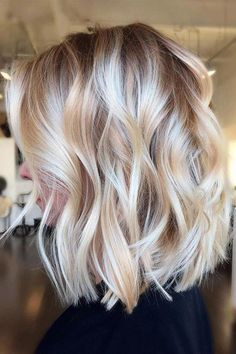 Informationen zu Pretty Short Length Natural Casual Wavy Remy Human Hair Lace Front Wigs 14 Inches P Ombre Hair Color, Hair Color Balayage, Hair Highlights, Balayage Hairstyle, Grey Ombre, Blonde Highlights Bob Haircut, Haircolor, Blonde Highlights Short Hair, Color Highlights