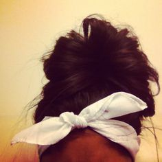 the bandana with the messy bun is a huge new trend. But the bandana itself, worn like this (tied at the top of your head) is also a huge new trend in general!