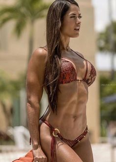 Fit-Female-Perfection Tatiana Girardi