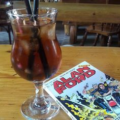 Afternoon chill 4 tha brain 😎🖖👑 #alanford #comicbooks #comicreading #photography #photooftheday #nofilterpicture #iceteababy #instaphoto #photographyislife #chillouttime #summerchill #summerishere