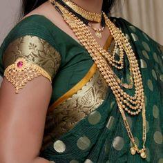 The Essential Guide to Maharashtrian Weddings: Bridal Jewelry and Accessories Vanki Designs Jewellery, Gold Mangalsutra Designs, Silk Saree Blouse Designs, Saree Blouse Patterns, Big Fat Indian Wedding, Indian Bridal, Bridal Bangles, Bridal Jewelry, Marathi Bride