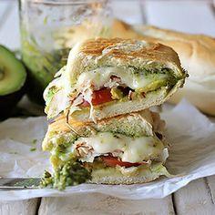 Bocadillo de pollo o pavo con mozzarella - Bocadillos - Recetas - Charhadas.com