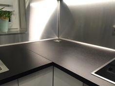 Alu Dibond® Küchenrückwand individuell von uns für den Kunden zugeschnitten ♥