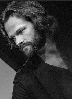 Hairy Jared Padalecki. So deliciously hairy.