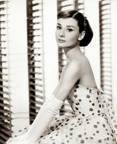 Celebrities_OFFmag: Audrey Hepburn (1929–1993)