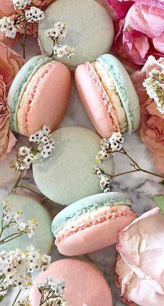 Macaron Wallpaper, Food Wallpaper, Kreative Desserts, French Macaroons, Pink Macaroons, Macaroon Cookies, Macaron Flavors, Macaroon Recipes, Aesthetic Food