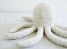Make This Lovely Huggable Knit Octopus
