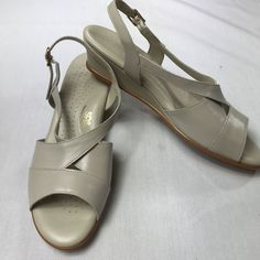 c6d36064434a SAS Tripad Comfort Sandals Slingback Caress Bone Beige Womens Size 11 S   fashion  clothing