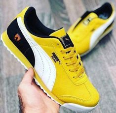 Puma Roma Galbem Pumas, Sneakers, Shoes, Fashion, Moda Masculina, Men's, Tennis, Moda, Slippers