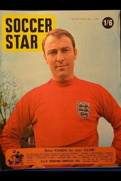 Soccer Star magazine in May 1968 featuring Jimmy Greaves of England on the cover. World Football, School Football, Football Team, Jimmy Greaves, Chris Mears, Bobby Moore, Printing Supplies, Star Magazine, Soccer