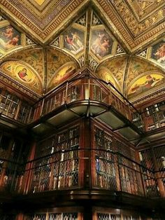 bookmania: The Morgan Library & Museum, New York (Photo.Bookmania: The Morgan Library & Museum, Nueva York (Foto . Beautiful Library, Dream Library, Library Books, Grand Library, Special Library, New York Library, Photo Library, Old Libraries, Bookstores