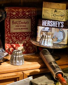 Betty Crocker vintage display...use cookbooks, kitchen utensils, recipe boxes , old cake stand...mix and match