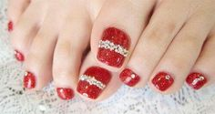 Women Girls Pedicure Nail Art Designs for Fall Pedicure Nail Art, Manicure E Pedicure, Toe Nail Art, Toe Nails, Fall Pedicure, Bridal Pedicure, Manicure Steps, Red Toenails, Cute Nail Art Designs