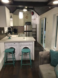 Trinity - A dual loft two bedroom tiny house built by Alabama Tiny Homes in Gard. Trinity - A dual loft two bedroom tiny house built by Alabama Tiny Homes in Gardendale, Alabama : Tiny House Swoon Two Bedroom Tiny House, Tiny House Swoon, Best Tiny House, Modern Tiny House, Tiny House Bathroom, Tiny House Living, Tiny House Plans, Tiny House Design, Tiny House On Wheels