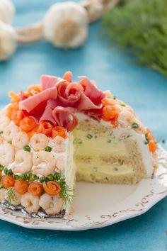 Torta sandwich: gustosa e scenografica. Un antipasto anni 80. [Appetizer sandwich cake]