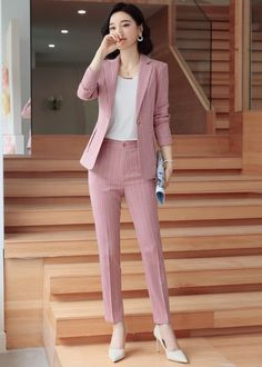 Korean Fashion Dress, Indian Fashion Dresses, Girls Fashion Clothes, Suit Fashion, Fashion Pants, Korean Outfits, Fashion Outfits, Clothes For Women, Stylish Work Outfits