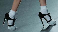 6 Socks With Heels Photos That Prove It's A Totally Acceptable Footwear Trend